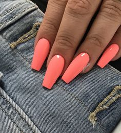 Are you looking for summer nails colors designs that are excellent for this summer? See our collection full of cute summer nails colors ideas and get inspired! nails 61 Summer Nail Color Ideas For Exceptional Look 2019 Cute Summer Nails, Cute Nails, My Nails, Summer Nail Colors, Neon Nails, Summer Vacation Nails, Bright Summer Gel Nails, Summer Holiday Nails, Nail Summer