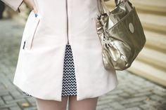Melina Souza - Serendipity  Bag: Kipling Br Coat: Renner Flats: Tutu Ateliê de Sapatilhas By Serendipity  <3  http://blog.kipling.com.br/blog/correspondente-kipling/rosa-pastel-champagne-metal/