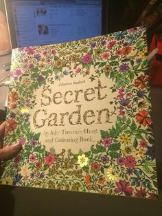 Secret Garden dust jacket Johanna Basford