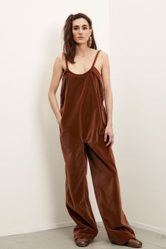 Electric Feathers Fall 2016 Ready-to-Wear Collection Photos - Vogue