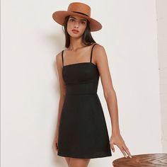Reformation Dresses & Skirts - Reformation Auden Dress 4