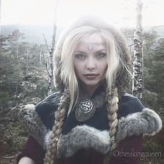 I will have to get a small hood like this.  http://vegvisir.blogg.no/