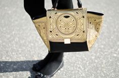 Fashion Tipsy: Gorgeous and dramatic gold and black bag in Apr 7 OOTD