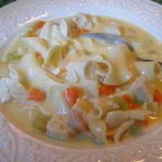 Creamy Chicken Noodle Soup (crock pot - no canned soup) I made this tonight-it was yummy-I used vegetable rotini pasta instead of egg noodles and omitted the mushrooms(can also be made on stove top) Crock Pot Cooking, Cooking Recipes, Crockpot Meals, Crock Pots, Cooking Lamb, Cooking Bacon, Cooking Turkey, Cooking Oil, Soup Recipes