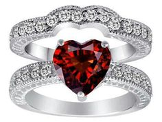 Heart wedding ring love it, but want it in purple or pink <3