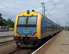 BDt 400: felújított, digitális rendszerű poggyászteres vezérlőkocsi, 400-405 közötti pályaszámokon V43 1000-es és V43 2000-es villanymozdony-sorozatokhoz, 406-455 között kizárólag V43 2000-es villanymozdonyokhoz Locomotive, Trains, Vehicles, Car, Locs, Train, Vehicle, Tools