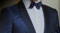 Créez un vêtement unique sur mesure avec votre Conseiller Habilleur, du plus classique au plus personnalisé à partir de 490€. 06 60 30 61 33 James Archive, Costumes, Collection, Unique Clothing, Classic, Dress Up Clothes, Fancy Dress, Men's Costumes, Suits