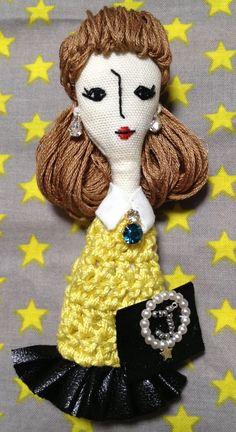 こちらの商品はwattycoさんのオーダー品になります。サイズ…縦・約11cm(人形部分のみ)横・約3〜4cm素材…綿、刺繍糸、ジ...|ハンドメイド、手作り、手仕事品の通販・販売・購入ならCreema。