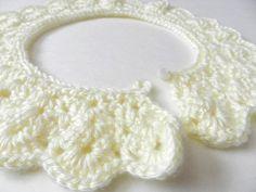 vintage crochet colllar that is very pretty!...free pattern!