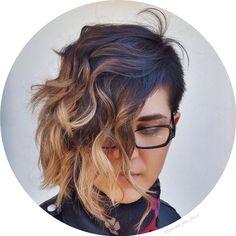 Asymmetrical  #hair #shorthairdontcare #girlswithshorthair #ombre #sombre…