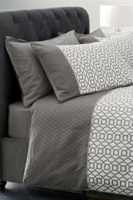 Silver Geo Jacquard Bed Set