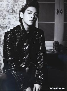 I know you hate nonsense talking…so here you go: T.O.P. so hawt!!!