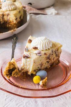 Easter Egg Cheesecake: Mini Egg Cheesecake Recipe — Sugar & Cloth Cheesecake Pan, Cheesecake Recipes, Graham Cracker Crust, Graham Crackers, Cadbury Eggs, Mini Eggs, Springform Pan, Mini Cheesecakes, Cake Pans