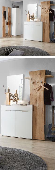 Elegantes Vorzimmer aus Holz mit weißem Kasten und Kommode