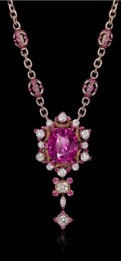 *Wallace Chan Gabriella Rose Necklace Weighing in at a total of 164.39 carats, not counting the diamond and ruby accents, the Wallace Chan necklace boasts the largest flawless purple sapphire in the world. Gem Palace