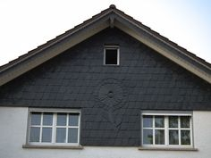 Schiefer mit Motiv an Wohnhaus - Siding - Wikipedia, the free encyclopedia
