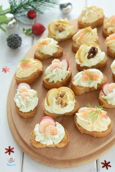 Canapes Recipes, Appetizer Recipes, Appetizers, Mozzarella, Small Meals, First Bite, Antipasto, Mini Cupcakes, Diy Crafts For Kids