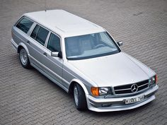 """carsthatnevermadeitetc: """"Mercedes-Benz 500 SET, by Zender. There has never been a series factory station wagon version of the S-class Mercedes, this conversion was carried out on the series. Mercedes Benz W126, Mercedes 500, Shooting Break, Cl 500, Grand Luxe, Automobile, Mercedez Benz, Daimler Benz, Classic Mercedes"""