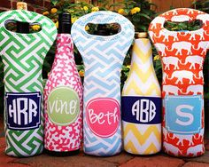 Wine Bottle Tote. Perfect when giving the gift of vino. This whole website has adorable gift ideas.