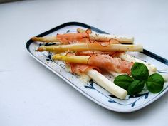 Gourmet Balance - explore and enjoy: Baked asparagus with ham and cheese