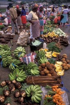 This picture reminds me of Mandeville Market in Jamaica....