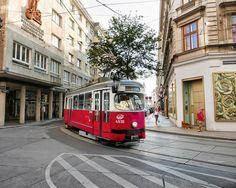 Vienna London Transport, Public Transport, Austria Travel, Busse, Vienna Austria, Commercial Vehicle, Salzburg, Travel Ideas, Adventure Travel