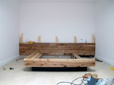 45 Ideas For Reclaimed Wood Bed Frame Furniture Plans Bed Frame Plans, Diy Bed Frame, Pallet Furniture Bed, Furniture Plans, Bedroom Furniture, Bed Frame Design, Bed Design, Wood Bedroom, Bedroom Decor