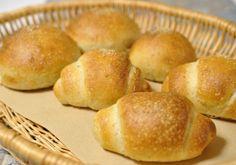 バンズ、ロールパン、アンパン  ライ麦12.5% お野菜の酵母