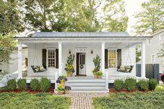 44 Rustic Farmhouse Front Porch Decorating Ideas