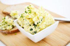 Mit diesem Rezept wird ein leckerer und cremiger #Kartoffelaufstrich zubereitet. Der Aufstrich eignet sich toll für ein Buffet.