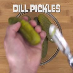 "Watch Cooking Panda's Vine, ""Fried pickle poppers #CookingPanda"" | https://lomejordelaweb.es/"