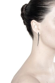 JETT EARRINGS - BLACK