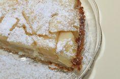 Mleczna szarlotka. http://viennesebreakfast.com/mleczna-szarlotka/
