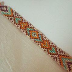 Boncuk Pınarı - @boncuk_pinari Instagram Profile - INK361 Loom Bracelet Patterns, Bead Loom Bracelets, Bead Loom Patterns, Beading Patterns, Bead Jewellery, Seed Bead Jewelry, Beaded Jewelry, Native American Beading, Tear