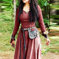 Renaissance Festival Costumes, Renaissance Dresses, Renaissance Fashion, Elven Dresses, Renaissance Fairy, Fair Outfits, Halloween Dress, Halloween Parties, Halloween Cosplay
