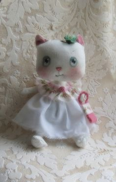 white kitty cloth doll with wool felt tote by suziehayward on Etsy, $59.95