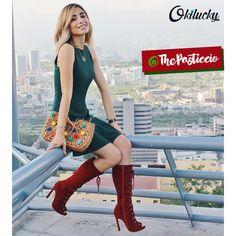 ¿Qué te parece como combina @ThePasticcio sus nuevas botas #Okilucky? Nosotros quedamos fascinados con su outfit patrio. 👌