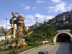 Monumento al mono en Guayaquil. Monkey monument. Guayaquil