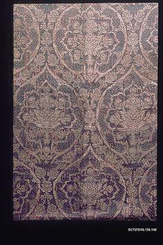 Woven Textile Panel ~ late 15th c. ~ Italian ~ silk & metal thread ~ Metropolitan Museum of Art