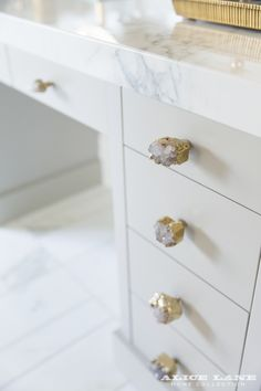 Crystal knobs from @anthropologie for Alice Lane's customized vanity at the French Modern Manor | Ideas & Posts | Interior Designers | Alice Lane Home Collection