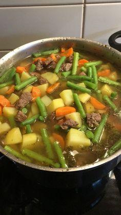 Grüne - Bohnen - Eintopf, ein beliebtes Rezept aus der Kategorie Kochen. Bewertungen: 45. Durchschnitt: Ø 4,6.
