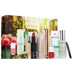 Shop Sephora Favorites' Chic It Easy at Sephora. It features five deluxe and two full-size beauty essentials for chic French looks.