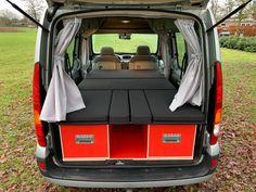MICA Camperbox met zit, keuken en bed module! - 3DotZero Automotive BV Volkswagen Caddy, Kangoo Camper, Car Tent, Camping Box, Mini Camper, Stainless Steel Sinks, Outdoor Life, Campervan, Motorhome