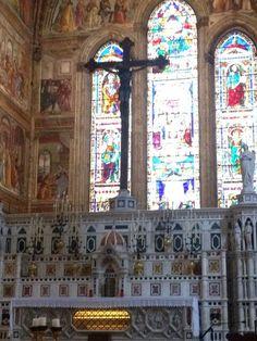 Cristo en madera,escultor Brunellesqui