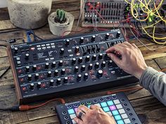 MATRIXSYNTH: Novation Announces New Peak Polyphonic Synthesiser...