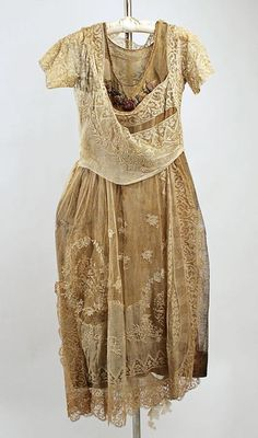 """""""before it fades""""....1910s era chemise plus embroidered lace overdress, wrapped bodice, full ankle length skirt"""