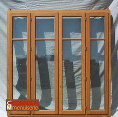 1040 Fenêtre à 4 vantaux et 2 carreaux par vantail