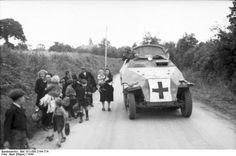 Sd.Kfz. 251/8 Krankenpanzerwagen, western Europe, 1944