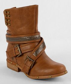 Love these but they don't have my size :/ Not Rated Two Step Boot