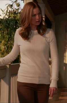 Emily thorne sweater